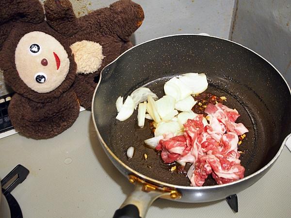豚肉とキャベツのピリ辛みそ炒め 作り方