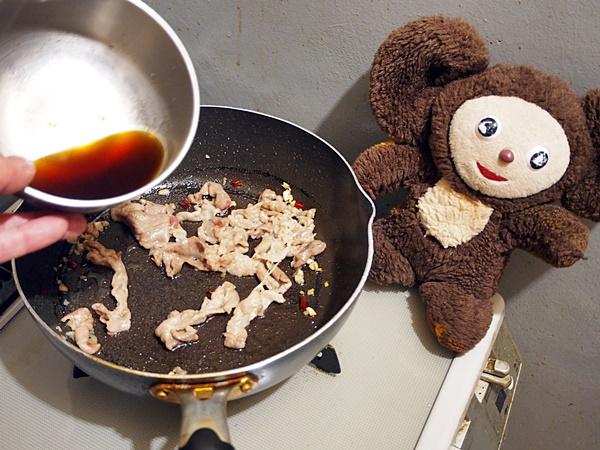 豚肉とネギの焼きそば 作り方