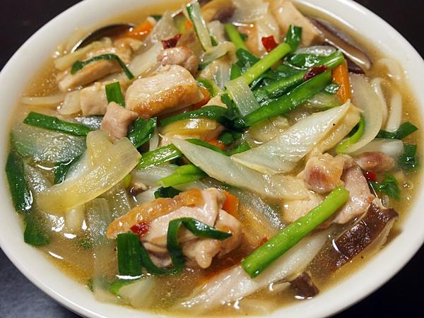 鶏肉と白菜の中華的あんかけうどん