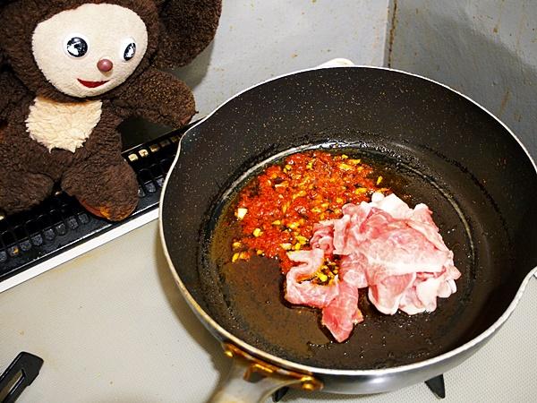 アサリと豚肉の酸辣湯麺 作り方