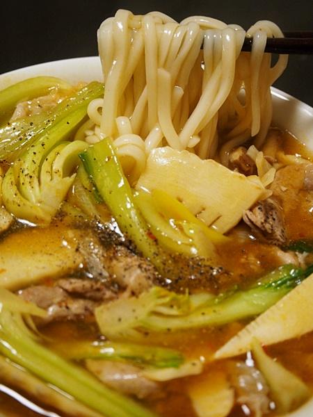 豚肉とチンゲン菜の中華風うどん