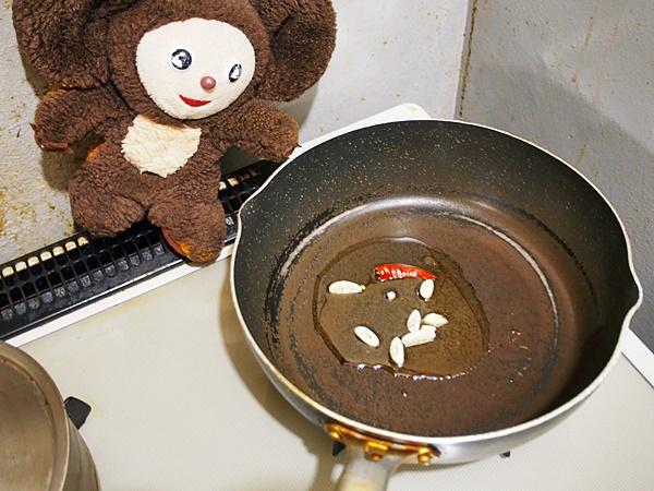 菜の花とホタルイカのペペロン炒め 作り方