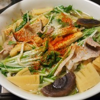豚肉と水菜の韓国的うどん