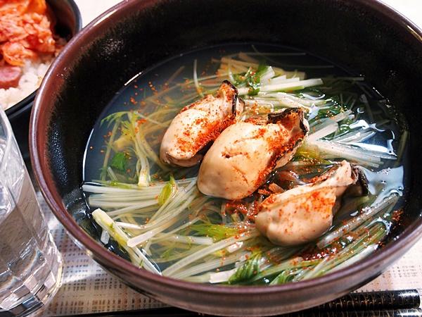 牡蠣と水菜の吸い物・在日コリアン風