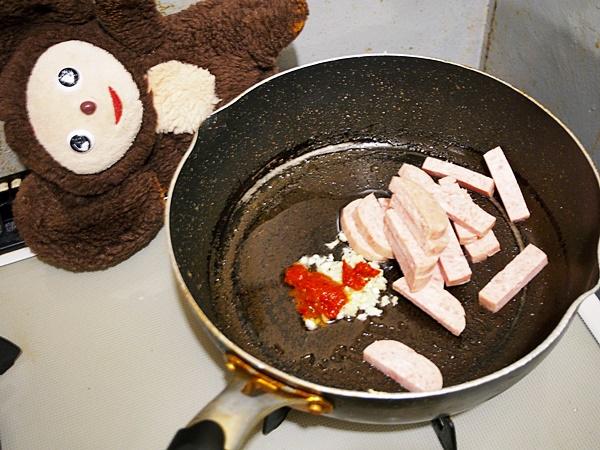 スパムとキャベツ・卵のみそ炒め 作り方