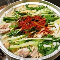 鶏肉と水菜のニンニクうどんすき