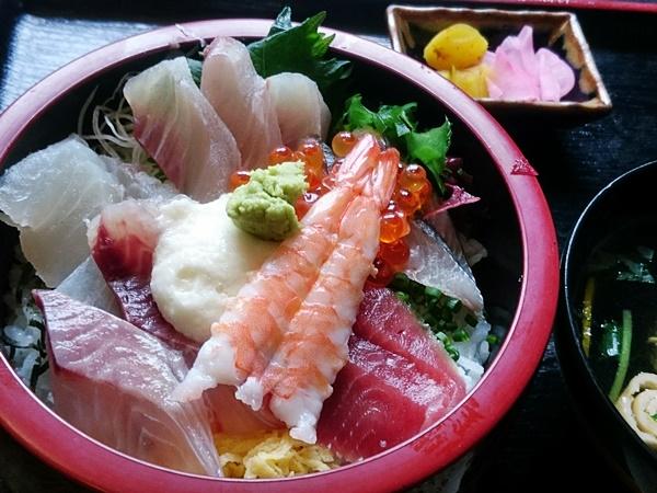 いさ路 海鮮丼