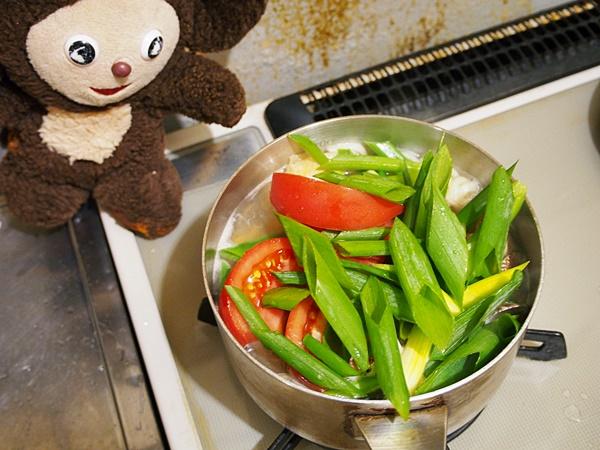 あさりとトマトのうどん 作り方