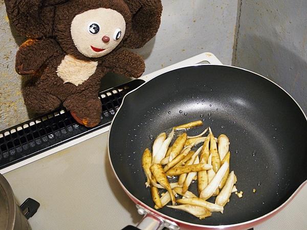 牛肉ごぼう炒め青じそかけ 作り方