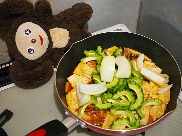 ゴーヤと豆腐の炒め煮