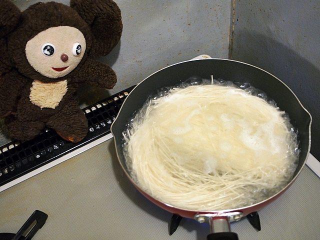 ツナ缶のソーミンチャンプルー 作り方