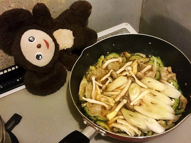 ゴーヤーと豚肉のうま煮 作り方