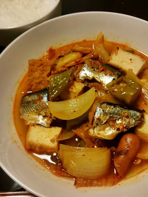 サンマのキムチ煮