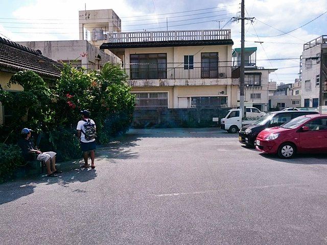 新山そば 駐車場